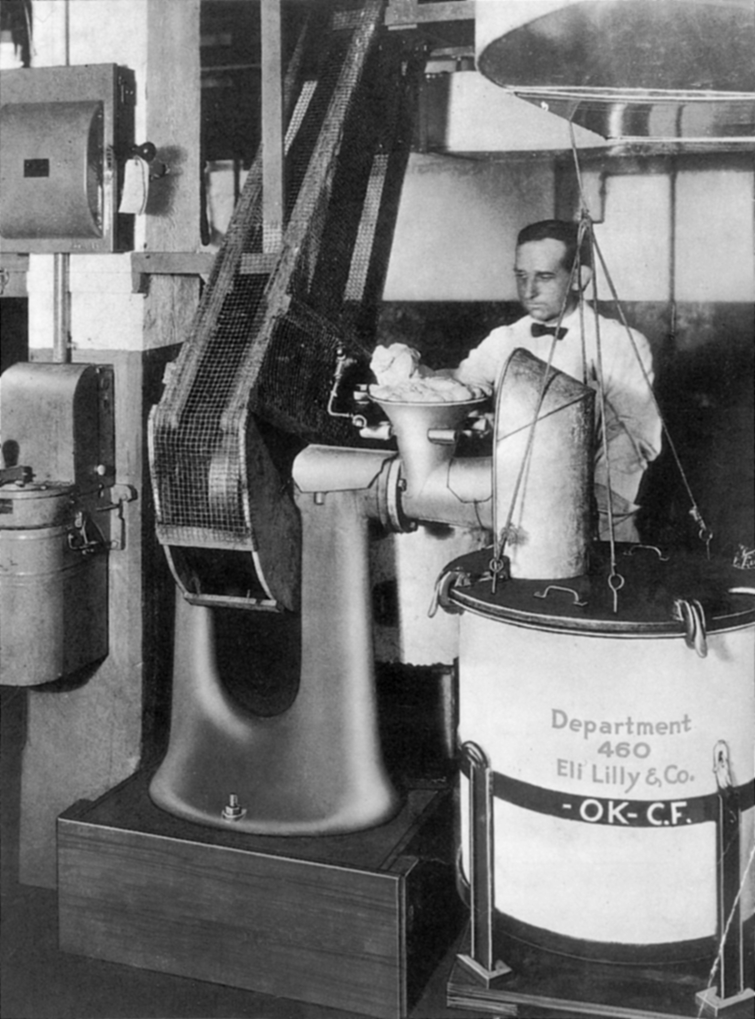 The original source of insulin was animal pancreases obtained from abattoirs. This picture shows the first stage of the extraction process (grinding the animal material) at the Indianapolis plant of the America pharmaceuticals company Eli Lilly in 1923.